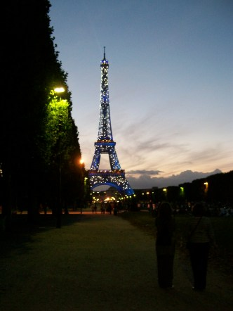 The light show at the Eiffel Tower, 2008.
