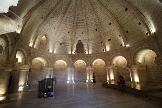 Château Medieval de Simiane-la–Rotonde